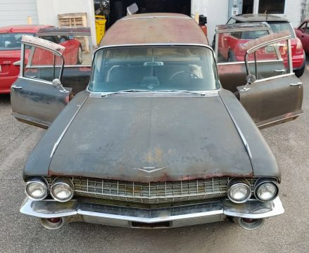 combination 1961 Cadillac Superior Royale Crown hearse project for sale