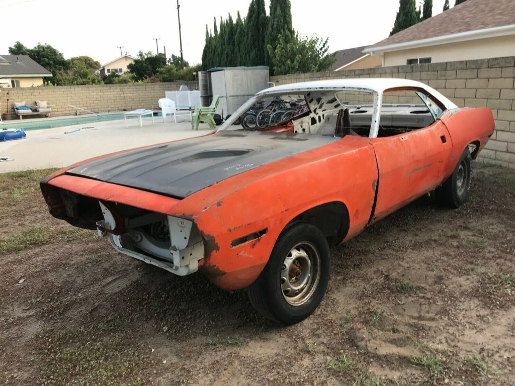 very solid 1971 Plymouth Barracuda project