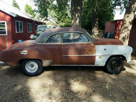 lots of extra parts 1951 Chevrolet Styleline project for sale