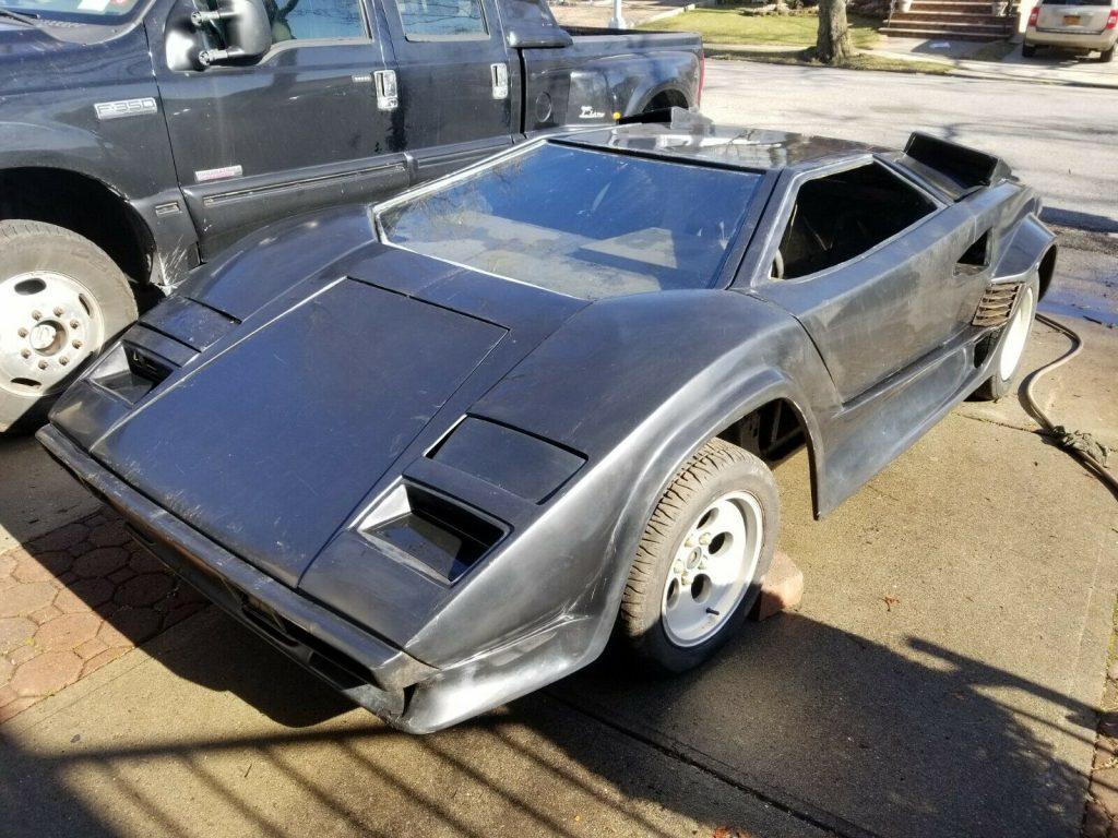 needs TLC 1988 Lamborghini Countach replica project