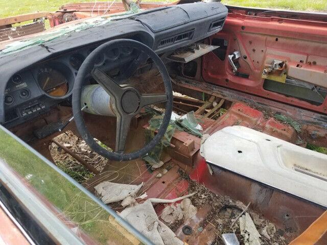 Solid Frame 1970 Dodge Challenger Project