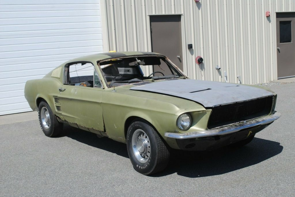 needs total restoration 1967 Ford Mustang Project